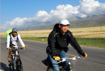 7 Day Biking around Holy Qinghai Lake